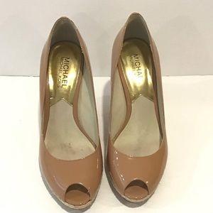 Michael Michael Kors tan wedge peep to shoes 6.5